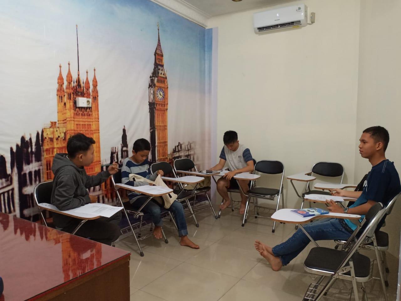 Kursus bahasa inggris anak batam, kursus bahasa inggris pelajar batam, les bahasa inggris anak batam, tempat les bahasa inggris anak batam